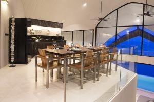 dining_room8